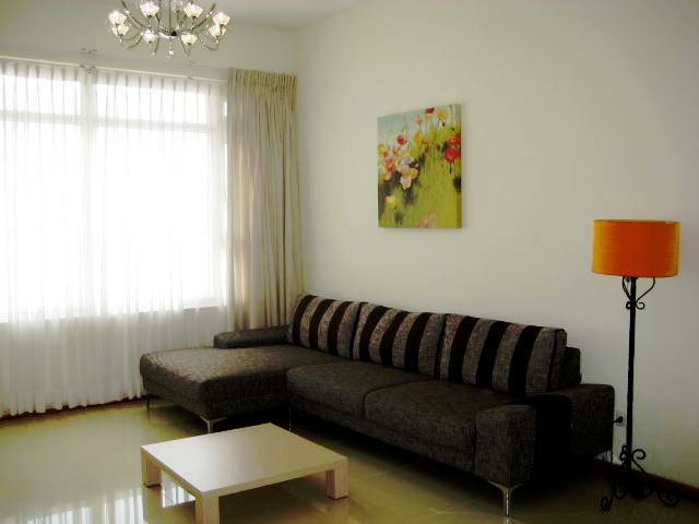 Apartment with Beautiful Decoration
